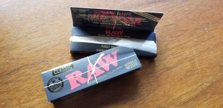 RAW(ロー)の一番薄いシングルサイズペーパー入荷です。